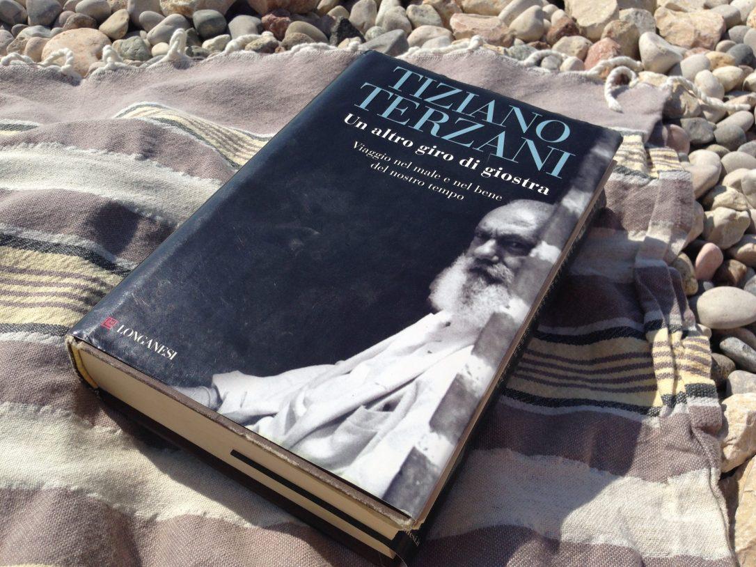 Un-altro-giro-di-giostra-Tiziano-Terzani-e1470408481114.jpg
