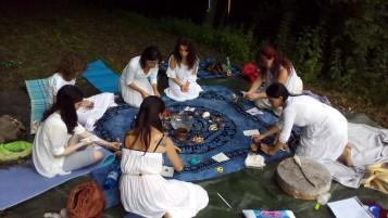 Creando la Litha Bag con le erbe solstiziali- Solstizio d'Estate